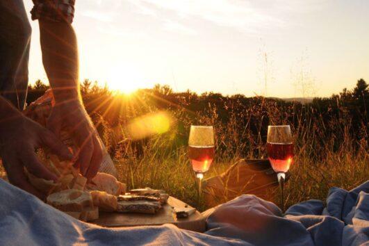 Dalyan Sunset Horse Safari - Sunset picnic with glass of wine