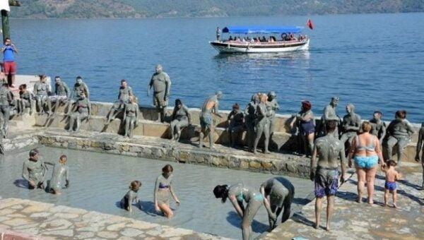 sultaniye hot springs and mud bath