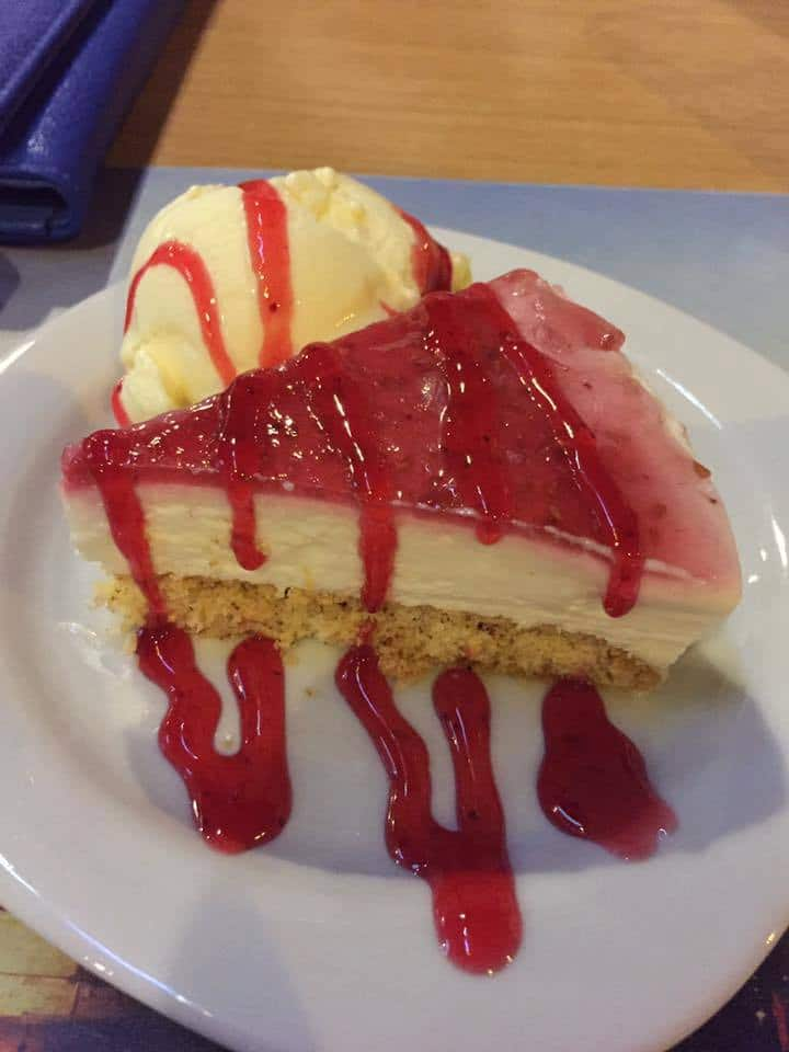 istanbul cfe bar homemade cheesecake