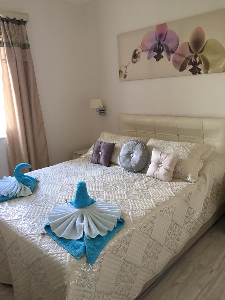 yaz bedroom