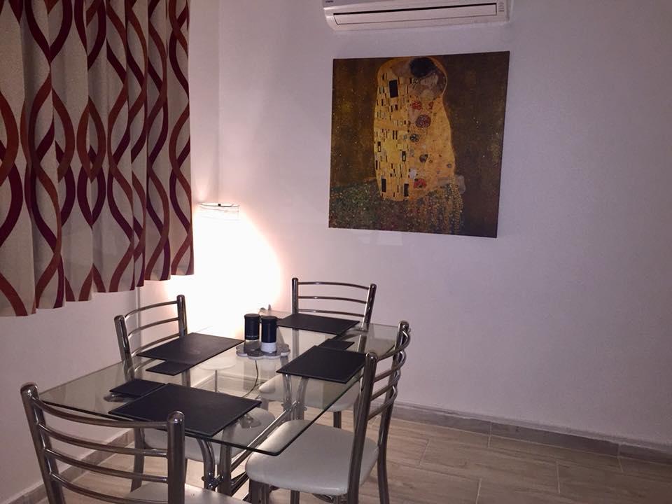 yaz dining area