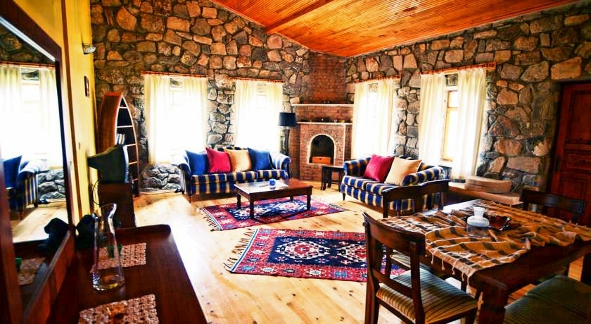 Dalyan Guide - Accommodation Suggestion - Private Villas for Rent - Dalyan Palm House - 6