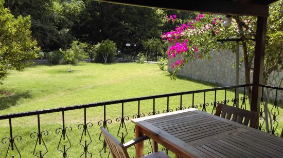 candurmaz patio view
