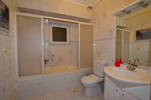 gala bathroom