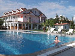 Yavuz Pool